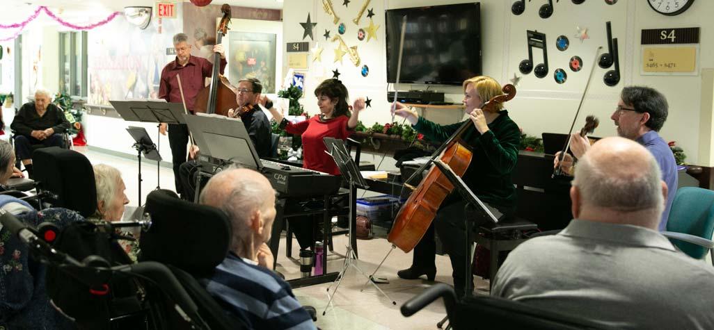 Ensemble Vivant performing for dementia residents at Cummer Lodge